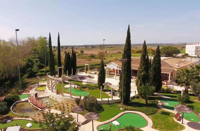 Family-Golf-Park
