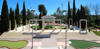 Family-Golf-Park-emprego